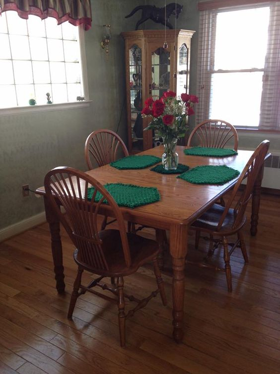 Beautiful Quality Amish Handmade Daily Dining Furniture Sold Online Or In Stores At Peaceful  Valley Amish Furniture.