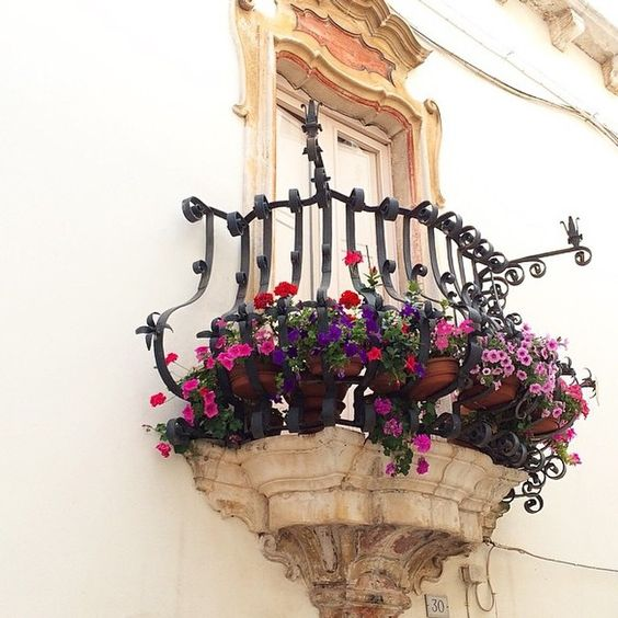 @thesartorialist's photo of possibly one of the most beautiful balconies in #Locorotondo, #Puglia. #TakeMeThere #BalconyEnvy