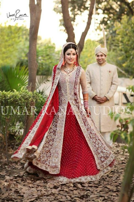 Ravishing red and white lehnga for brides