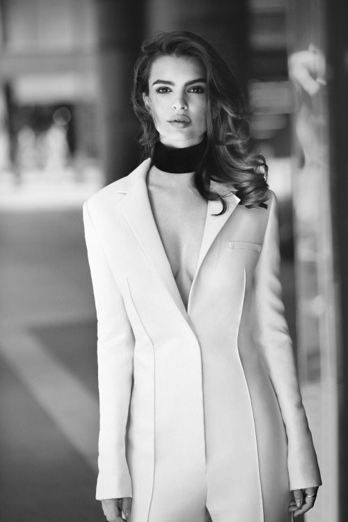 vogue-at-heart:  Emily Ratajkowski for Harpers Bazaar...