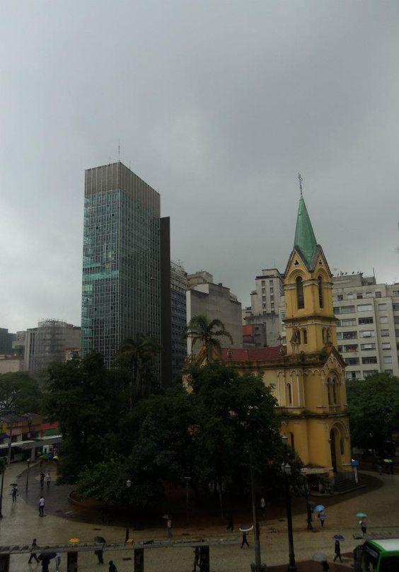 Centro de São Paulo visto da galeria do rock.