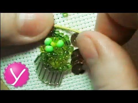 ▶ Бисероплетение - вышивка бисером - YouTube