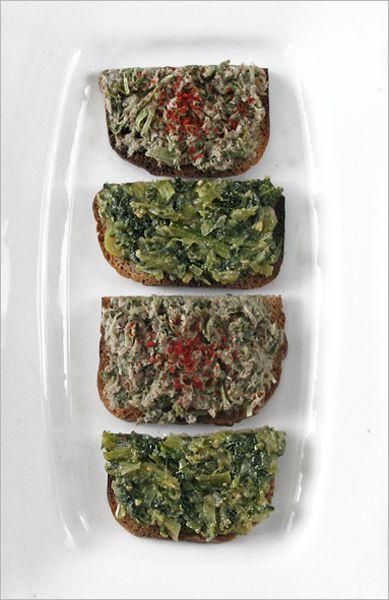 Thé vert et Fanes de navet : Tartines hautes en saveur et riches en fibre