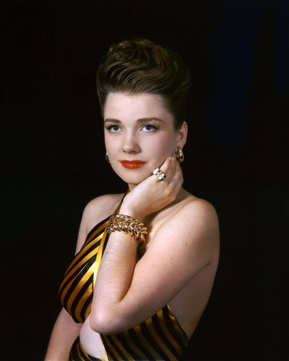 FILM ROYALTY - Anne Baxter