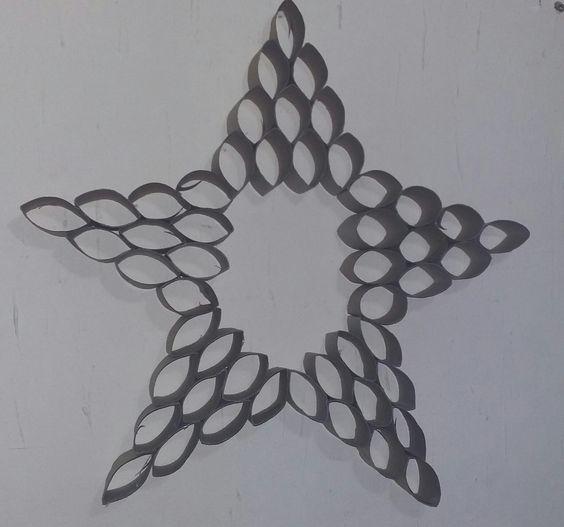 estrela com rolo de papel higiênico
