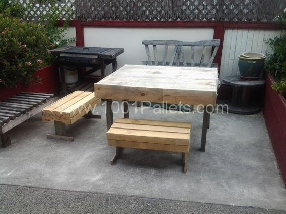 20130211 102743 600x450 Outdoor Pallets table and chairs in pallet furniture pallet outdoor project  with Table Pallets Garden Chair Bench