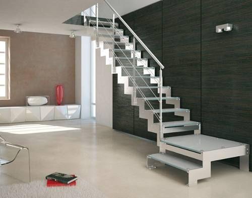 Escalera de hierro con madera trabajos de herreria for Escaleras en escuadra