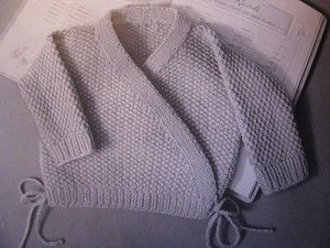 Easy vintage baby wrap sweater knitting pattern