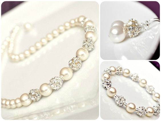 Bride Jewelry Set, Pearl Jewelry Set for the Bride, Art Deco Wedding Jewellery. $162.00, via Etsy. ~ I want this!!