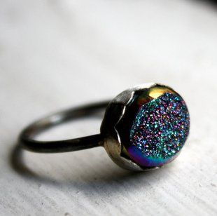 Gorgeous Opal. I loveee this ring