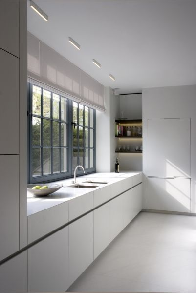 Style minimaliste int rieurs and cuisines on pinterest for Style minimaliste