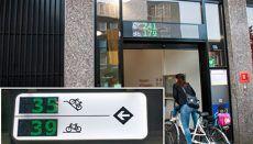 Ruim een jaar geleden introduceerde Utrecht de 'P-route fiets', digitale borden langs de fietsroutes die vrije stallingsplekken voor de fiets tonen. Inmiddels zijn extra stallingen op het systeem aangesloten, de borden worden beter zichtbaar en er komt meer informatie op de borden, zoals over beschikbare boven- en benedenrekken.