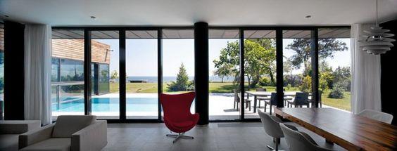 Arne Jacobsen's Egg Chair by Fritz Hansen