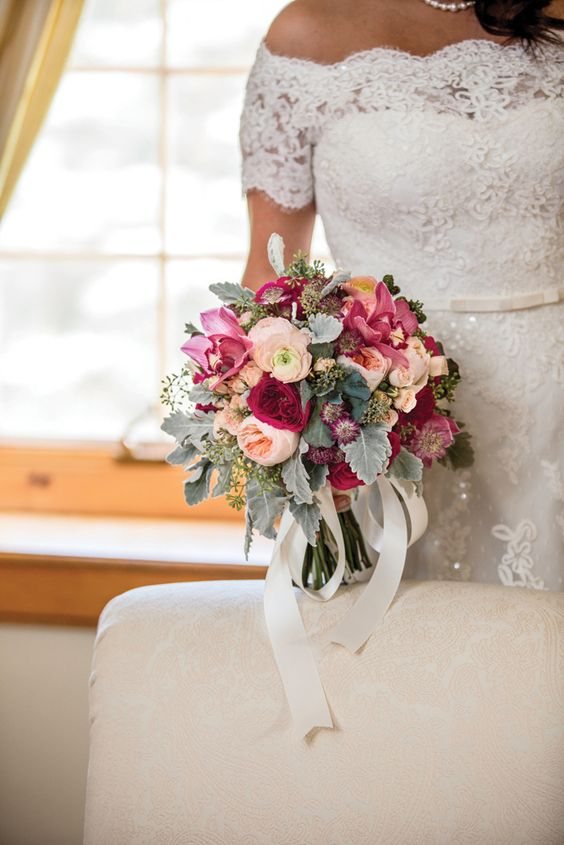 Barstow Flower Bridal Boutique : Models wedding trends and magazines on