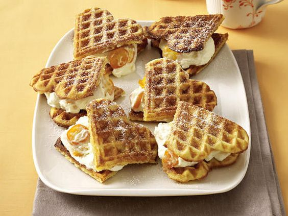 Waffelrezept-Ideen für jeden Geschmack - orangen-mandel-waffeln  Rezept