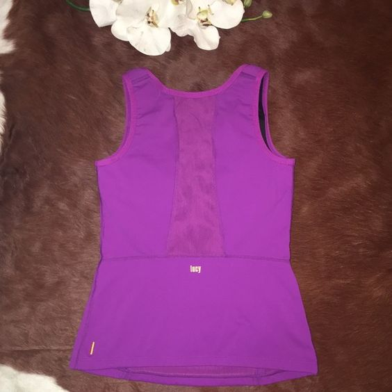 ⭐️LUCY SPORT TANK ⭐️ GREAT CONDITION LUCY TANK SIZE SMALL BUILD IN BRA FOR SUPPORT  Lucy Tops Tank Tops