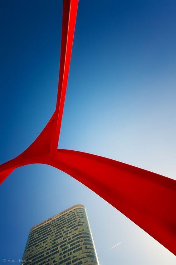 1X - The Red Spider by Horst Fischer