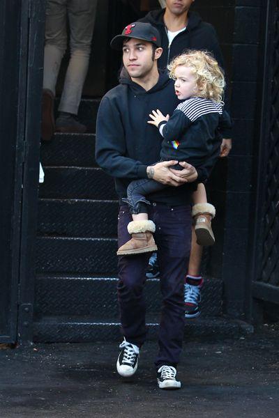 Daddy duty! Pete Wentz and Bronx Mowgli out in LA: Guy Styles, Celeb Life, Duty Pete, Son Bronx, Art Daddy, Daddy Duty, Pete Wentz