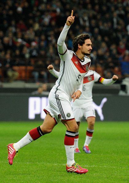 Mats Hummels - Italy v Germany - International Friendly
