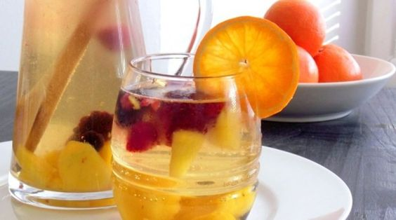 Sweet & Fruity White Wine Sangria