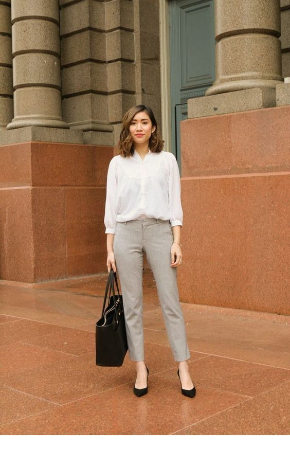 Simple But Nice Office Style Fashionable Work Outfit