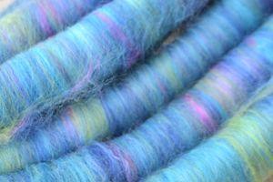 Rolags, rouleaux de laine Mérinos et Soie à filer ou feutrer