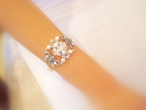 Bridal bracelet vintage style bracelet with by treasures570, $60.00