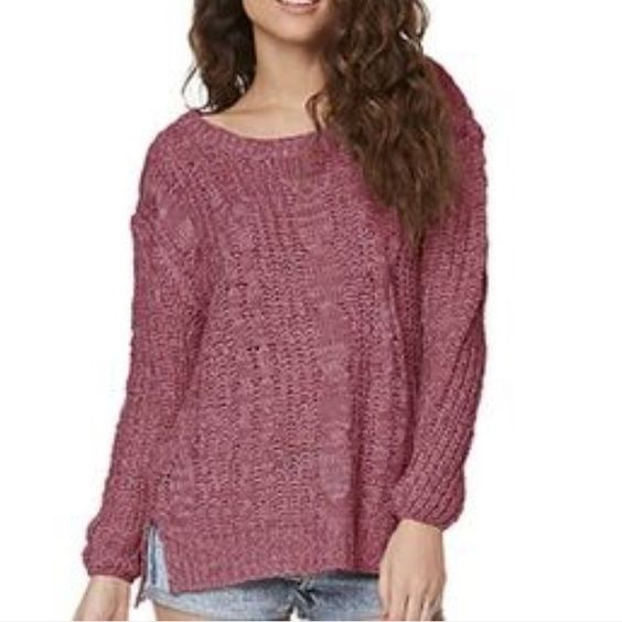 Pure rebel mauve colored oversized sweater Gently worn, mauve colored, oversized, slight high low, bought from pacsun PacSun Sweaters