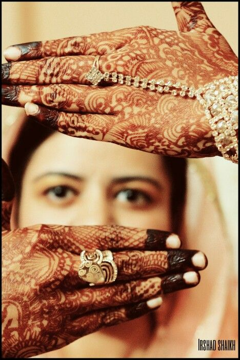 indian bride with indian tattoo