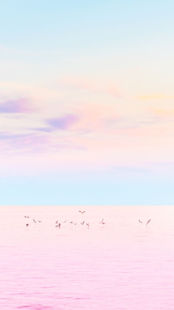 The most perfect #pastel #sunset ever! Check out our iPhone wallpaper collection on www.preppywallpapers.com or follow us on @prettywallpaper