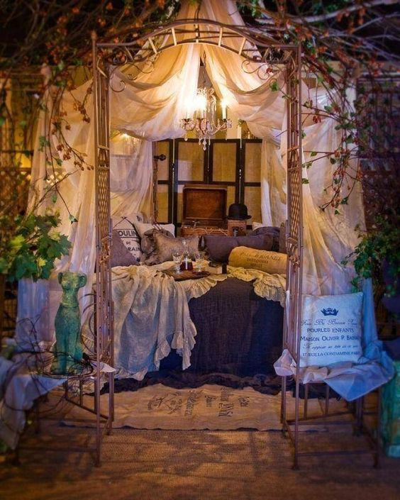 Whimsical bedroom .. Dreamy✨✨                                                                                                                                                      More