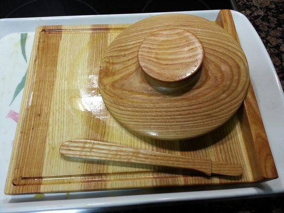 Utensilios de cocina en fresno con baño de aceite de oliva