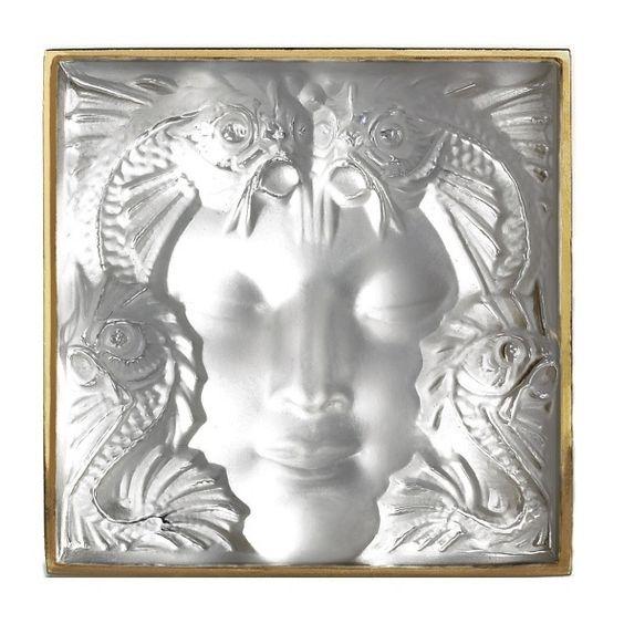 Glass Masque de femme brooch
