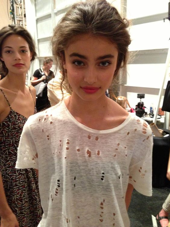 Taylor Hill (TaylorMarieHill) on Twitter 11th Sept 2013