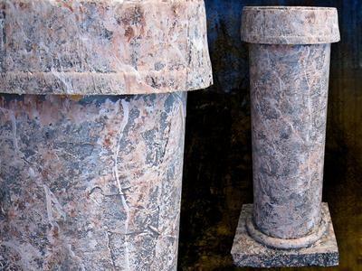 Cómo hacer que las columnas de imitación de piedra para Halloween o cualquier ocasión: Cómo hacer: DIY Network