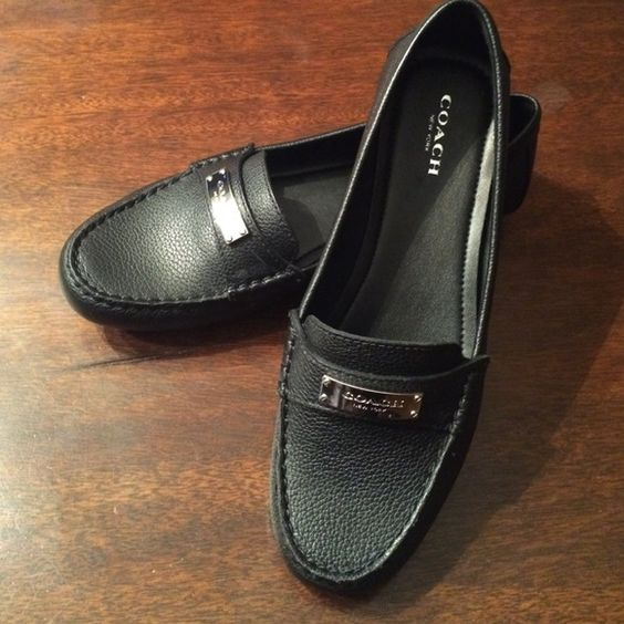 Coach Fredrica lthr loafer / flats NEW w/o box 7.5 Coach Fredrica  feature a Leather upper with a Round Toe. The Man-Made outsole lends lasting traction and wear. NEW NEVER WORN & VERY Comfortable!!! Retails at Macy's $118.00 Coach Shoes Flats & Loafers