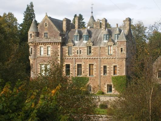 Graham ancestral home kilbryde castle once upon a time for Stay in a haunted castle in scotland