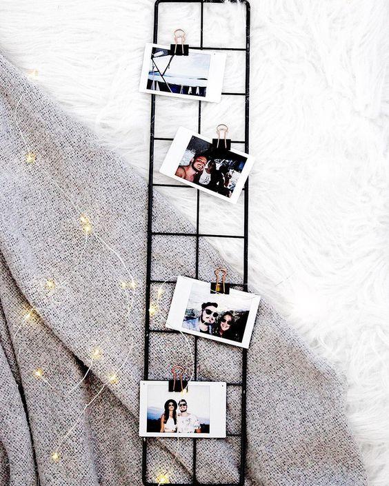 Morrendo de amores por esse mini memory board que chegou no site HOJE. E gente, estou viciada em tirar fotos com a nossa string lights,…
