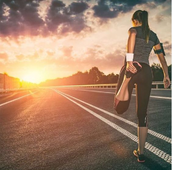 Pin By Do The Things On Mind Body Hbr Running Photography Running Photos How To Start Running