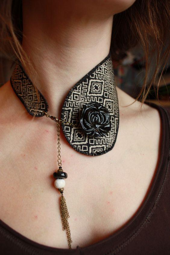 Collier col - bijou en tissu tribal et cuir, fait main : Collier par adele