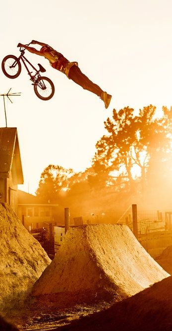Super, man! http://win.gs/1eYfKI7 #bike #jump #Godziek Image © Bartek Wolinski