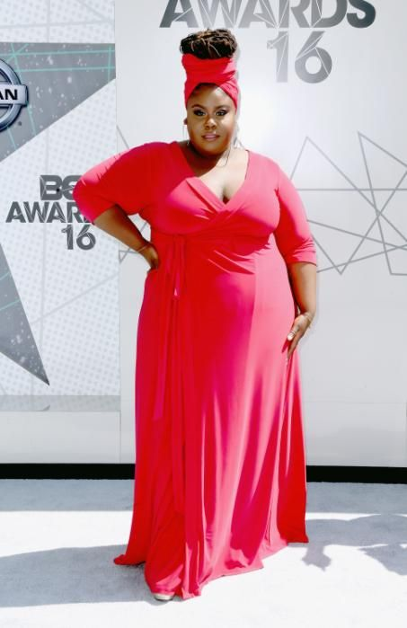BET Awards 2016: Stars Shine on the Red Carpet: