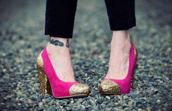 Zapatos de gamuza decorados con glitter: Diy Shoes, Con Glitter Jpg, Glitter Shoes, Shoes Ideas, 5959 Zapatos, Diy Glitter, Manualidades C Zapatos, Con Glitters
