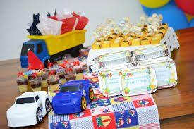 Resultado de imagem para chá de bebe brinquedos de menino