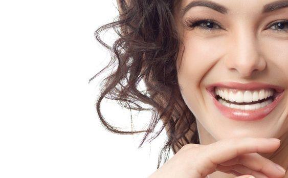 Remedios para blanquear los dientes y lucir una hermosa sonrisa