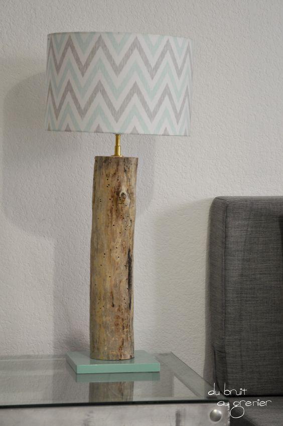 Lampe à poser en bois flotté abat-jour chevrons : Luminaires par du-bruit-au-grenier