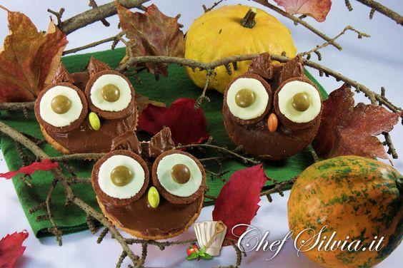 http://www.chefsilvia.it/dolci-torte-dessert-gelati/item/ricetta-gufi-al-cioccolato-halloween.html  Gufi al cioccolato – Halloween owls cupcakes