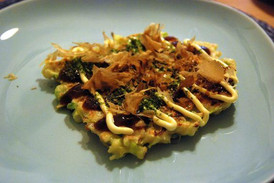 Lecker: Okonomiyaki - japanische Pfannkuchen. Hier geht's zum Rezept.