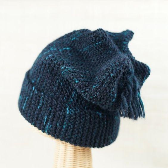 素材:羊毛(コリデール)使用糸量:141g立体的な編み方で伸縮自在のフリーサイズ。長さ30㎝手紡ぎ糸の優しい風合いと暖かさをお伝えしたくて・・・。飽きのこない...|ハンドメイド、手作り、手仕事品の通販・販売・購入ならCreema。