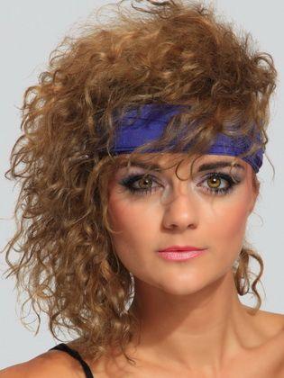 Frauenfrisuren Im Stil Der 80er Jahre 80er Frisuren Stil Der 80er 80er Jahre Trends